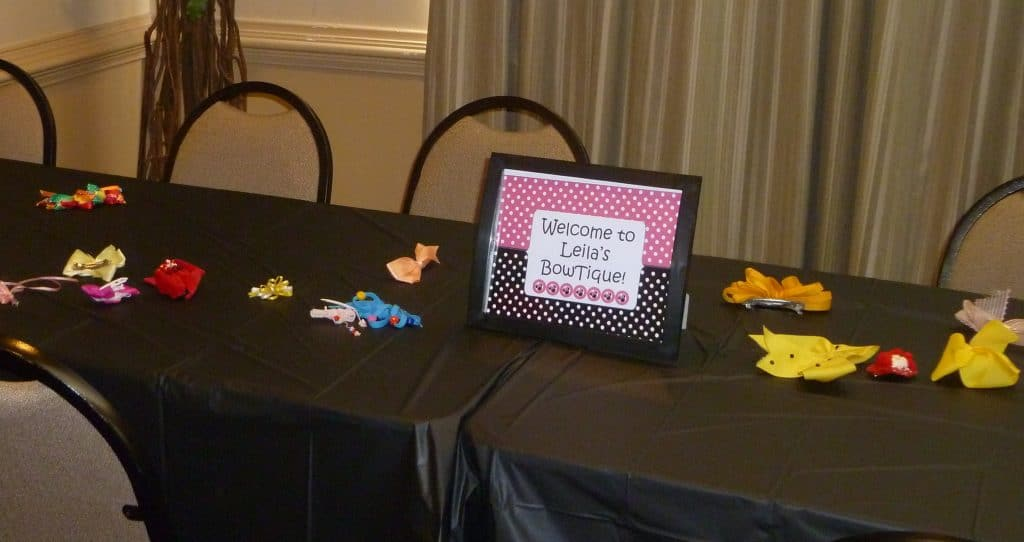 Joint birthday party table setting