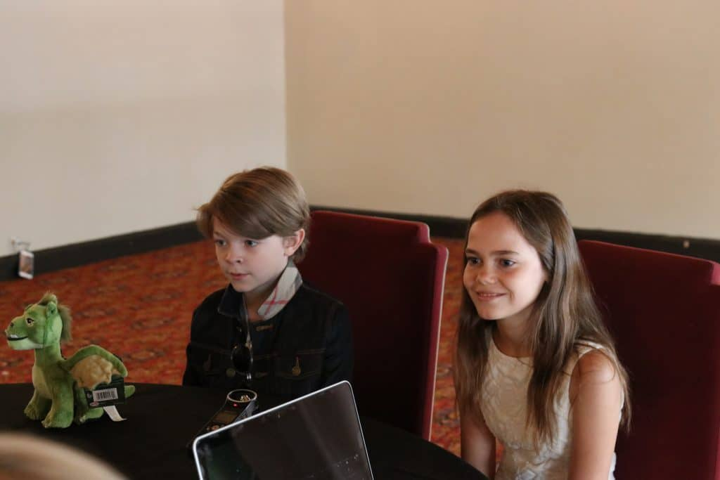 Oakes Fegley and Oona Laurence Pete's Dragon