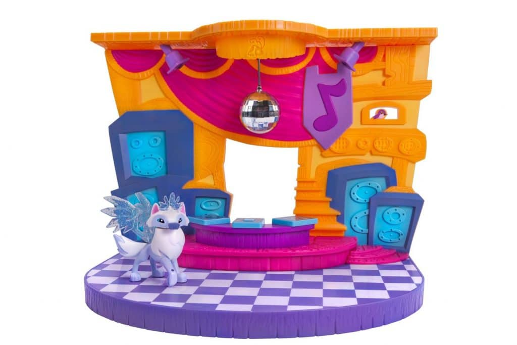 "The Animal Jam Club Geoz Playset w/ Exclusive Diamond Arctic Wolf by Jazwares is an expandable playset &  collector's item based on online game ""Animal Jam"""