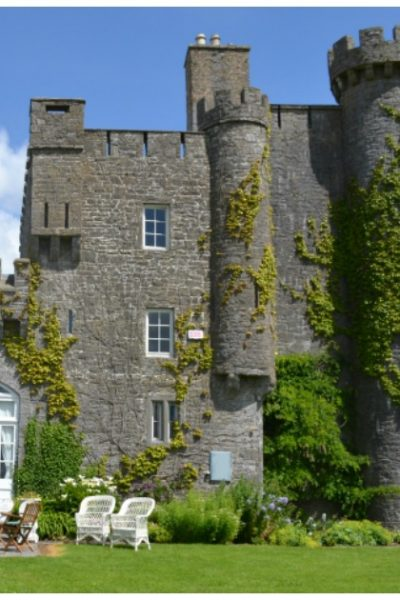 20 Enchanting Castles Available For Rent