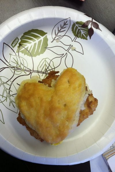 Wordless Wednesday – My chicken biscuit loves me!