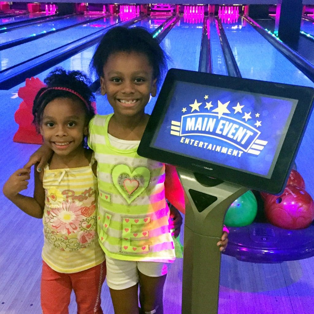 Love Peace and Tiny Feet at Main Event