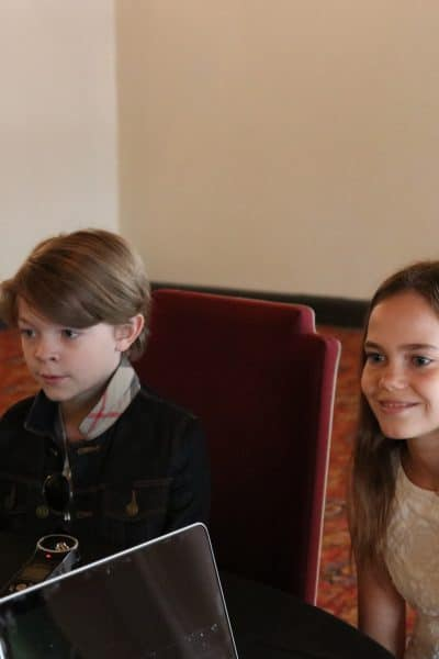 Meet the bright young stars from Pete's Dragon – Oakes Fegley and Oona Laurence Interview #PetesDragonEvent