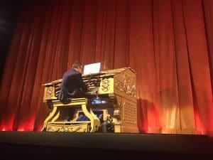 Music playing at the El Capitan Theatre