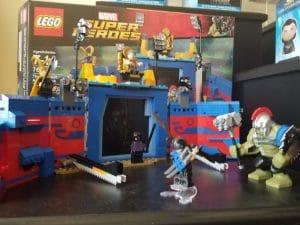marvel lego set - gift idea for marvel fans