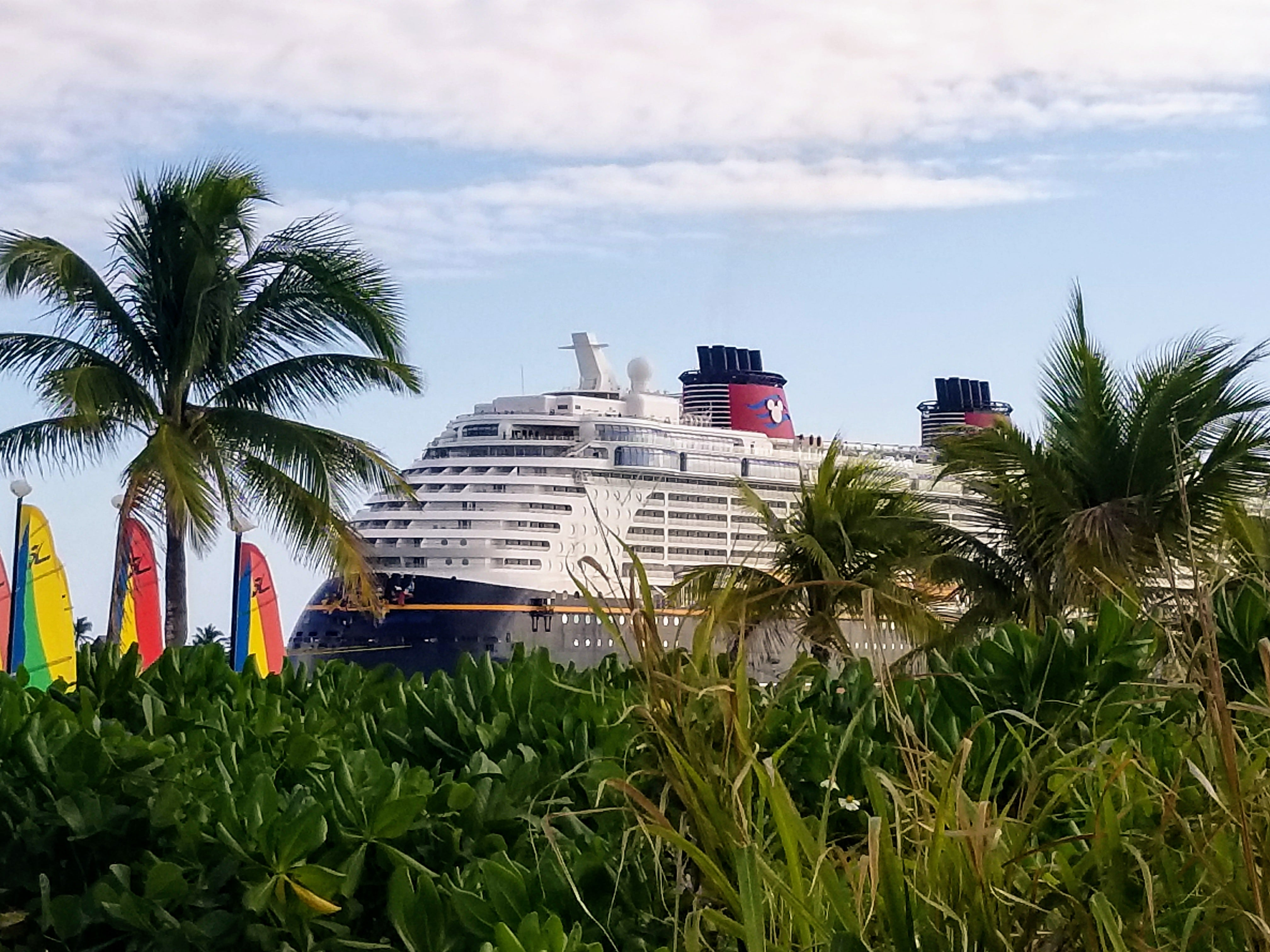 guide to the disney dream cruise line