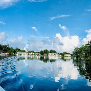 crystal river lake to swim with manatees