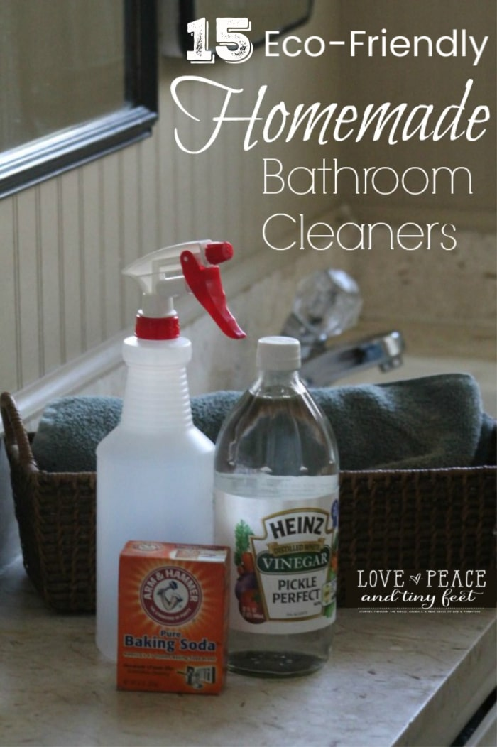 Have you ever considered making your own Homemade Bathroom Cleaners? Here are some easy DIY and eco-friendly cleaning options for your bathroom.